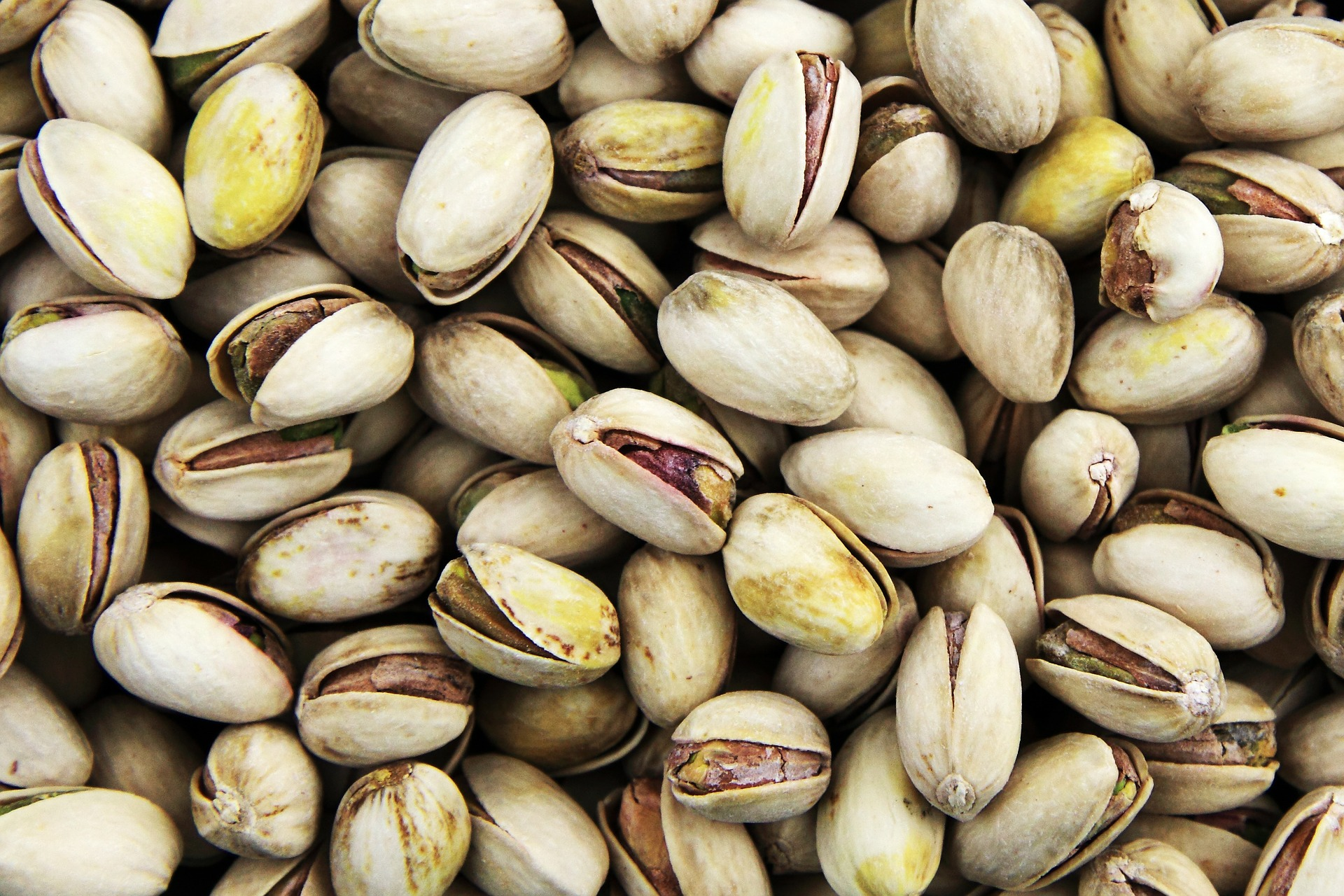 Pistachios are a healthy snack