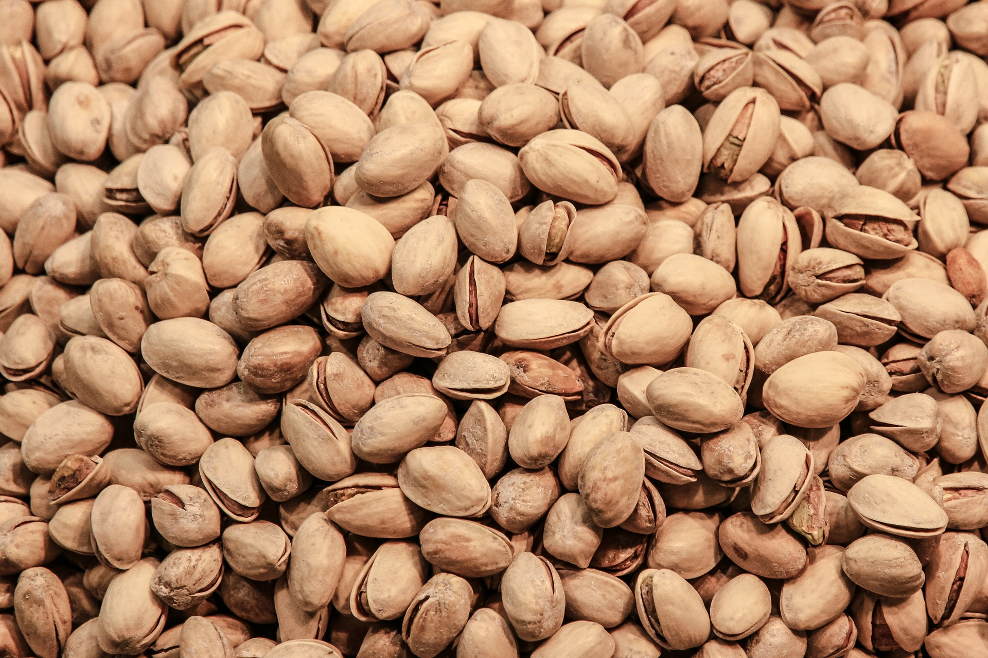 pistachios help you maintain weight